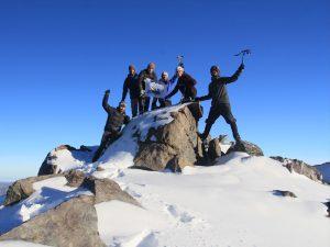 Cerro La Pila (2.700msnm), mayor altura de la comuna